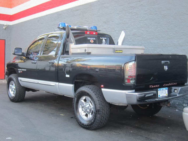 2003 Dodge Ram 3500 With A 6 9l 24v Mins 6in Diameter Stacks And Emergency Lights Equipment My Response Vehicle From Home To Fire For De